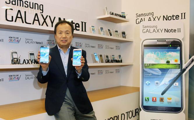 تتوقع شركة سامسونغ أن تبيع أكثر من 15 مليون هاتف غالاكسي نوت 2 خلال ستة أشهر
