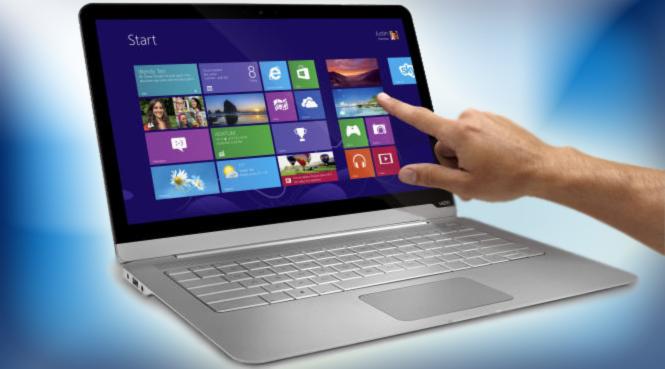 يدعم الكمبيوتر الدفتري CT14T شاشة تعمل كلياً باللمس، ويعمل الكمبيوتران بنظام ويندوز 8