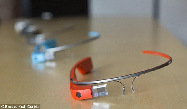 غوغل تطلق نظارتها الذكية في الولايات المتحدة