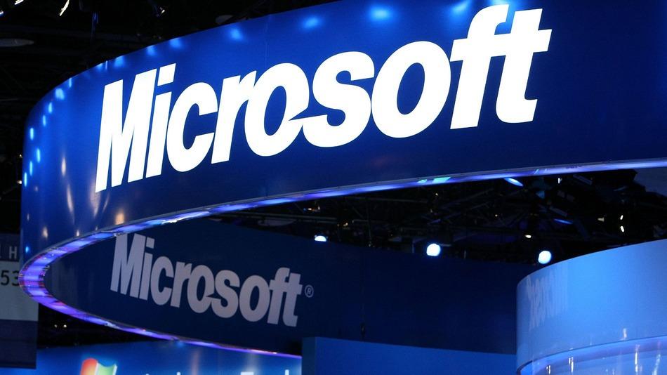 مايكروسوفت تخطط لإطلاق ساعة ذكية متوافقة مع كل أنظمة التشغيل