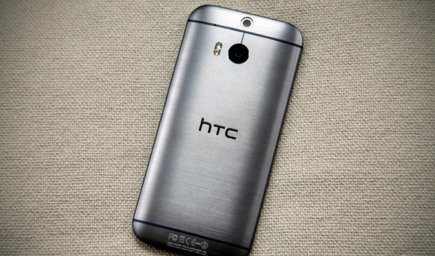انخفاض مبيعات HTC One M8 يهدد أرباح الشركة