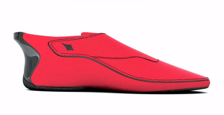 حذاء ذكي يتصل مع خرائط غوغل ويخبر المستخدمين عن الطرق