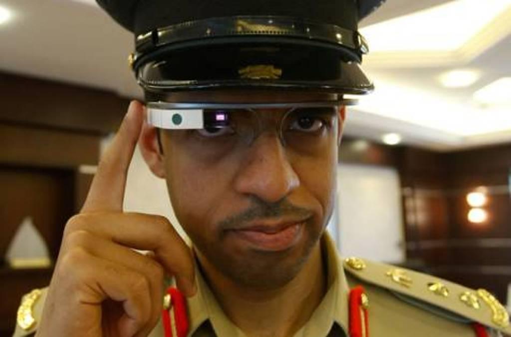 شرطة دبي تستعد لاستخدام نظارات غوغل الذكية