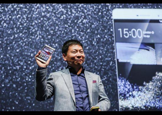 هواوي تكشف عن هاتف Huawei P8 Max بشاشة قياس 6.8 بوصة