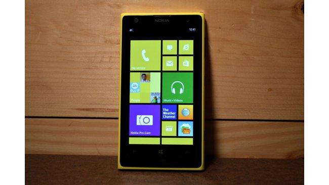 مايكروسوفت تجهز لإطلاق Lumia 650