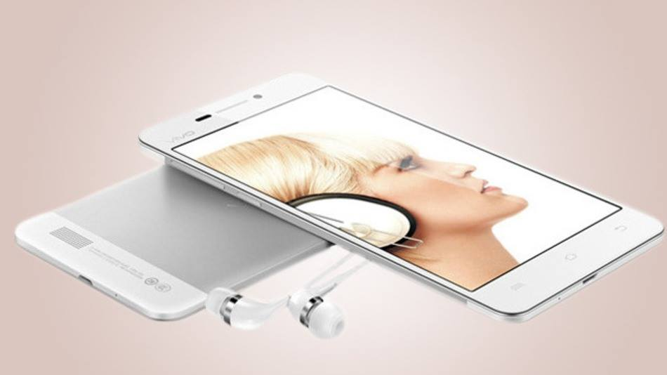 فيفو تعلن عن هاتف اكس بلاي 3 إس ذو الشاشة الأعلى وضوحا في العالم