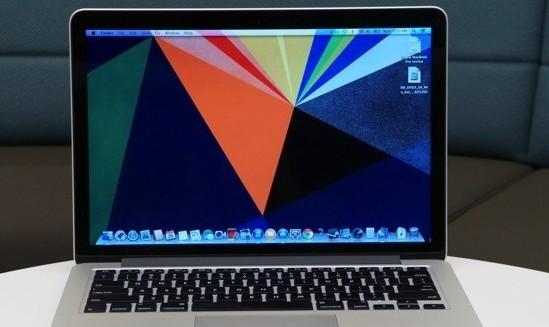 أبل تعد بإصلاح مشكلة لوحتي المفاتيح واللمس في ماك بوك برو الجديد