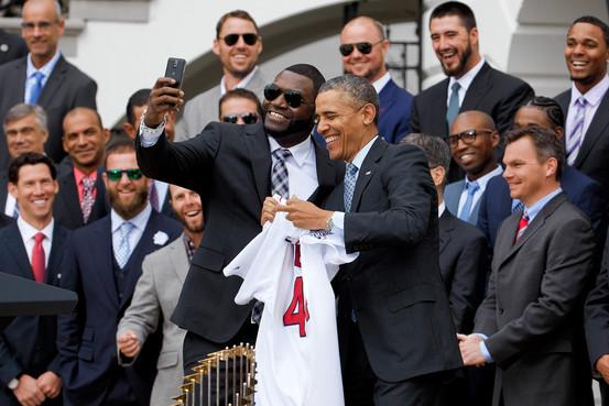 أوباما قد يقاضي سامسونج بسبب استغلاله