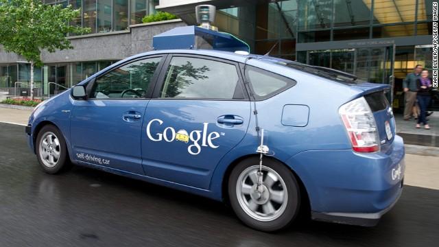 بالفيديو.. غوغل تختبر سيارتها ذاتية القيادة على شوارع المدن