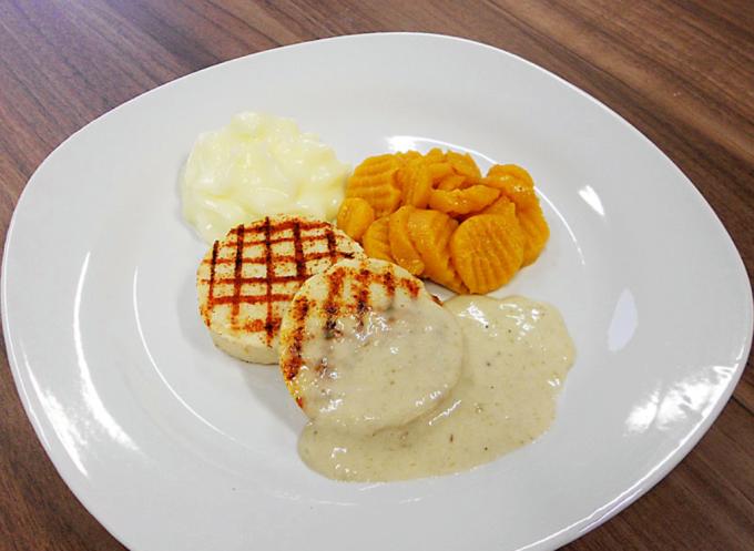 طابعة ثلاثية الأبعاد تنتج طعام سهل البلع
