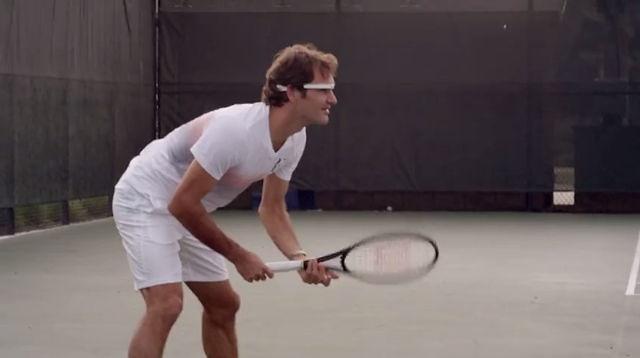 بالفيديو.. فيدرر يلعب مباراة تنس مرتديا نظارة غوغل الذكية