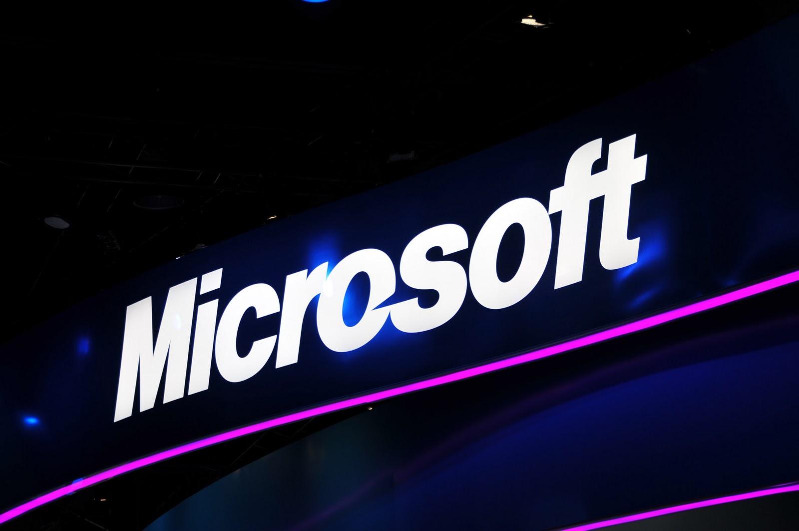 تطبيق مايكروسوفت آوت لوك لنظام أندرويد يهدد خصوصية المستخدمين