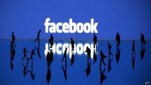 شكوى جديدة ضد فيسبوك لتلاعبه بمشاعر المستخدمين