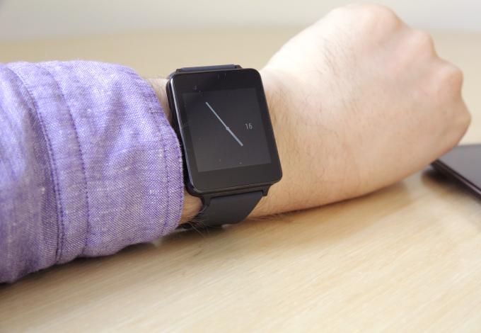 ساعة إل جي الذكية تسبب التهابات جلدية