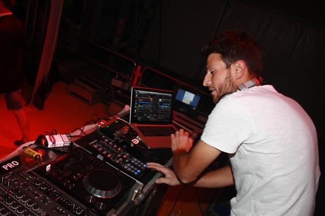 إيطالي يفوز بأكبر مسابقة للموسيقى الإلكترونية في المنطقة