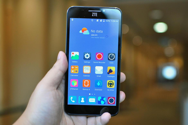 ZTE Grand S3 هاتف ذكي جديد يعمل ببصمة العين