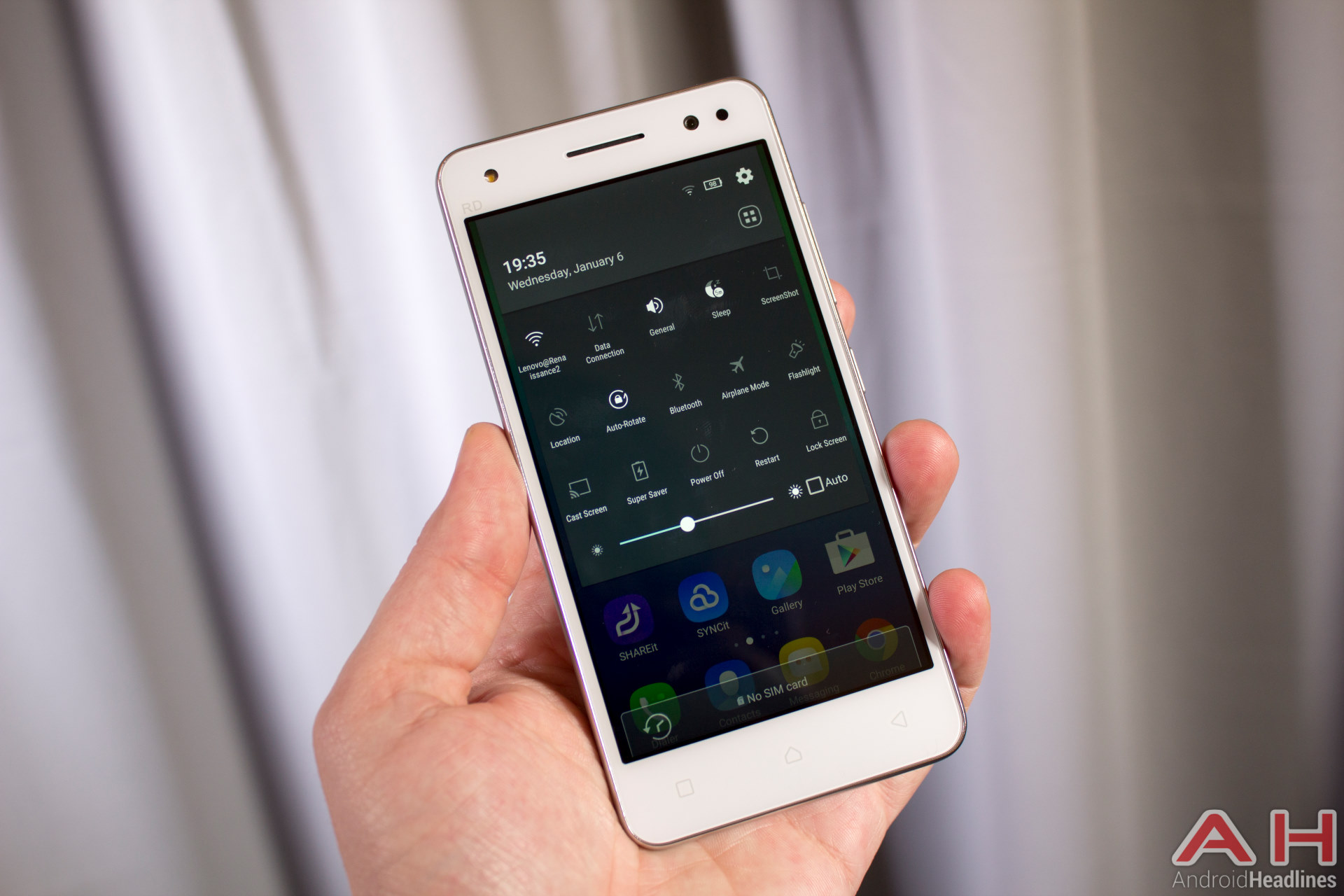 لينوفو تطلق هاتف Vibe S1 Lite الذكي بمواصفات عالية وسعر 199 دولار فقط