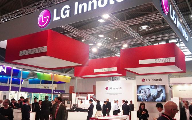 أبل تتعاون مع LG Innotek لإطلاق هواتف آيفون بتقنية 3D