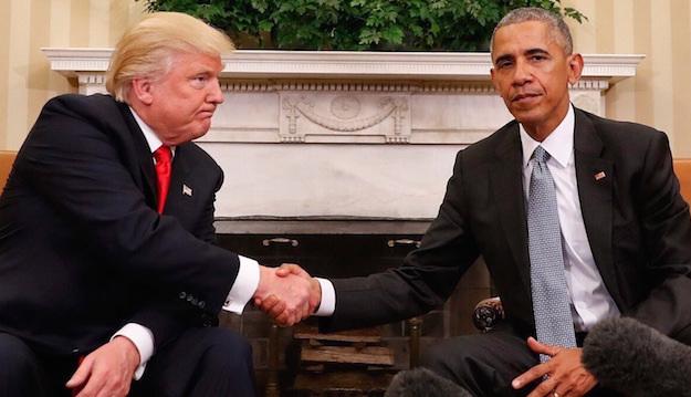 """بالصور.. مستخدمو فوتوشوب يحولون لقاء أوباما وترامب إلى """"مهزلة تاريخية"""""""
