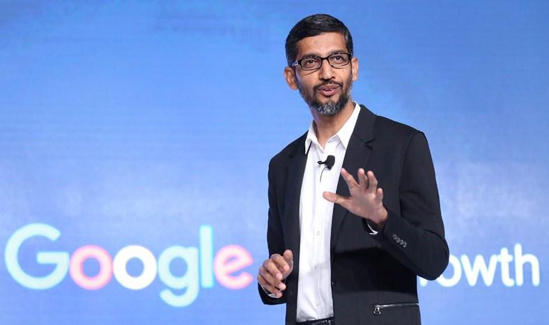 رئيس جوجل: أهمية الذكاء الاصطناعي في حياتنا تتخطى النار والكهرباء