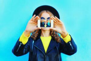 تطبيقات التقاط الصور السلفي